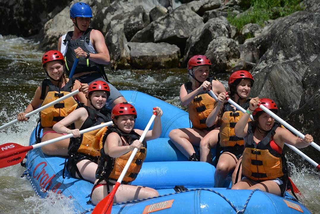 Summer-Girls-Camp-Belvoir-Terrace-Rafting-Trip-2017