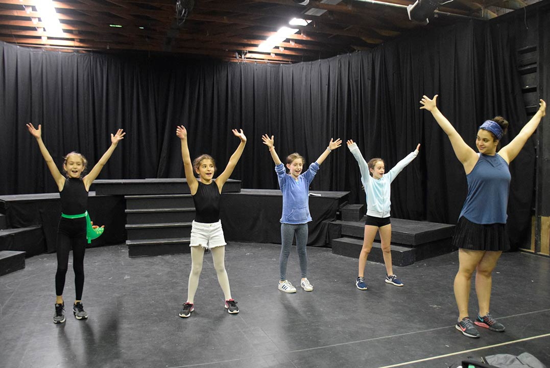 Summer-Acting-Camp-for-Girls---Belvoir-Terrace-Acting-Camp
