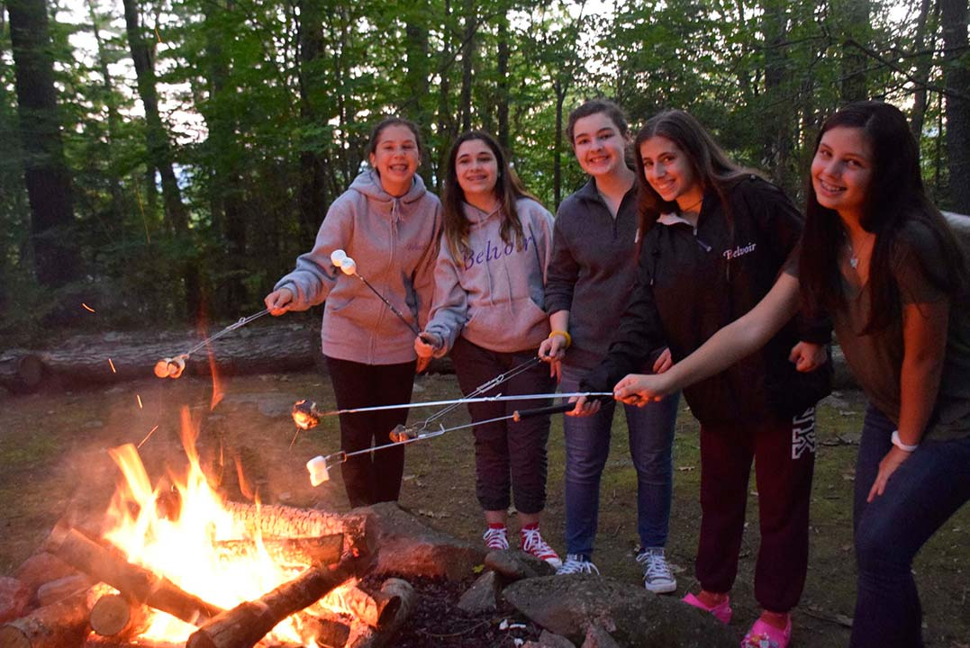 Summer-Girls-Camp-Special-events-Camp-fires-2017